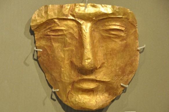 baalbek_gold_mask_roman_nmb