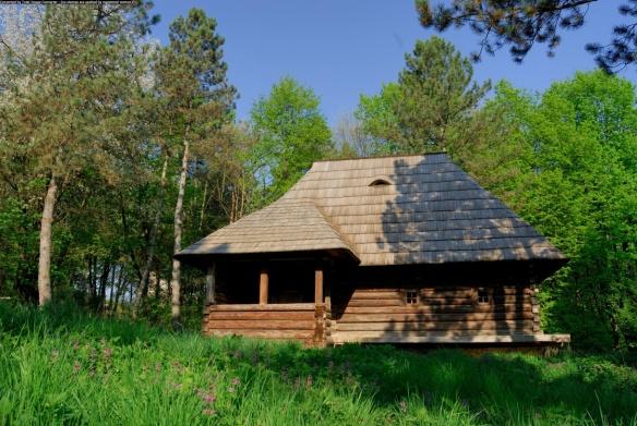 Casa Dorna Candreni - Muzeul Satului Bucovinean