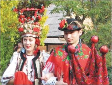 romania-carnaval-venetia-costume-populare