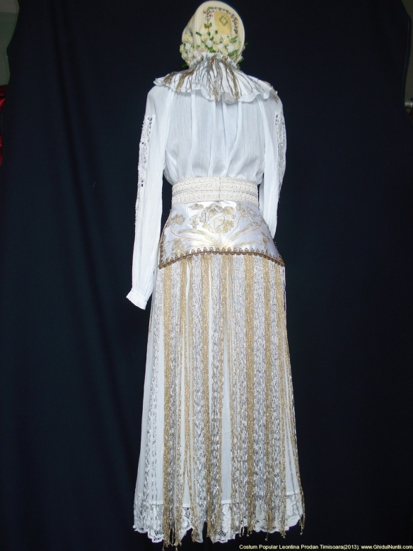 costum-popular-leontina-prodan--timisoara-costum-popular-leontina-prodan-timisoara_38612