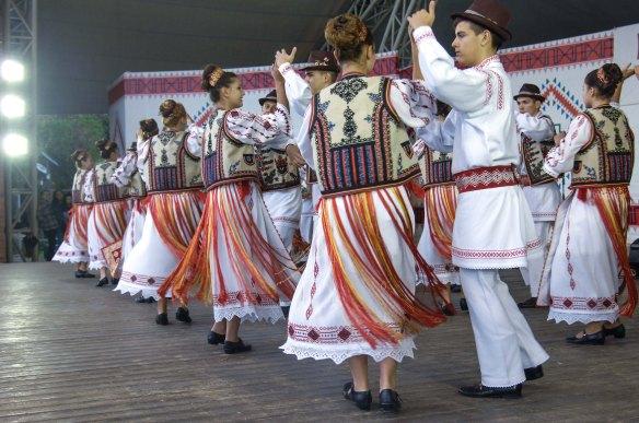 festivalul-national-de-folclor-stiri-turism