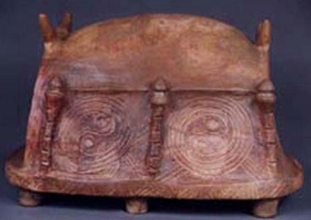 scaun cu spirale, Cucuteni (1)