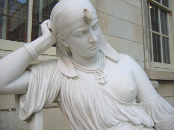Cleopatra_by_William_Wetmore_Story_03