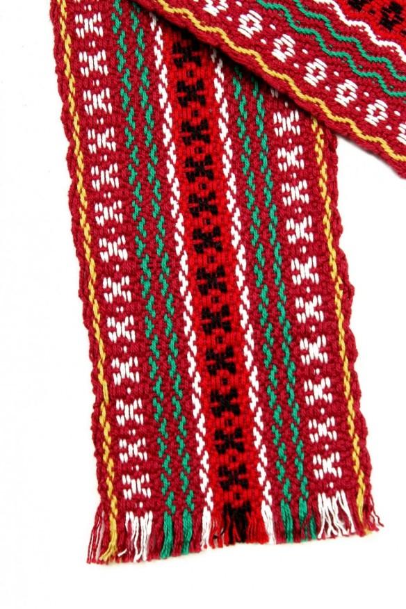 brau-traditional-tesut-multicolor-visiniu-02-933x1400
